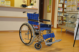 車椅子:ご利用ください<